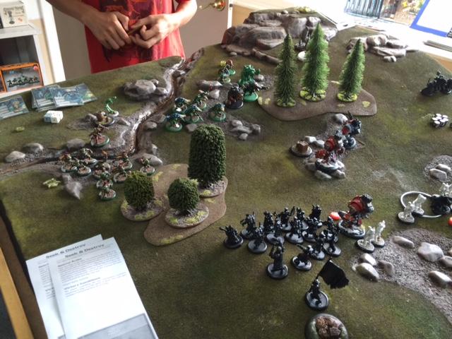 12 Minions vs Khador