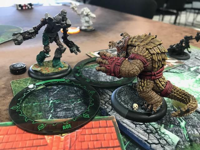 4 More Minions vs Circle Wraster vs Wold
