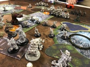 3 Minions Jaga Jaga vs Mercenaries Ossrum